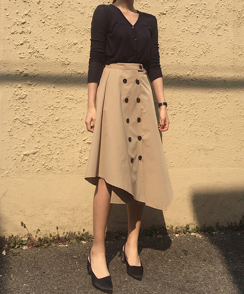 trench button skirt